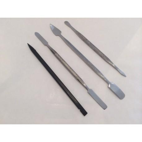 Jeu de 4 spatules en métal